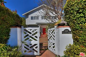 Photo of 11827 KEARSARGE Street, Los Angeles , CA 90049 (MLS # 19434702)