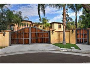 Photo of 18607 CASSANDRA Street, Tarzana, CA 91356 (MLS # SR18279702)