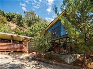 Photo of 914 BLUEGRASS Lane, Los Angeles , CA 90049 (MLS # 818001703)
