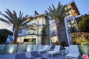 Photo of 1700 BENEDICT CANYON Drive, Beverly Hills, CA 90210 (MLS # 18355704)