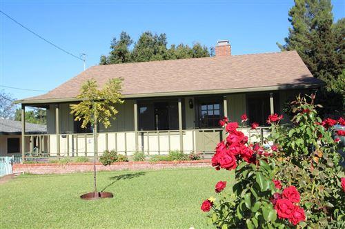 Photo of 4381 RISING HILL Road, Altadena, CA 91001 (MLS # 819004705)