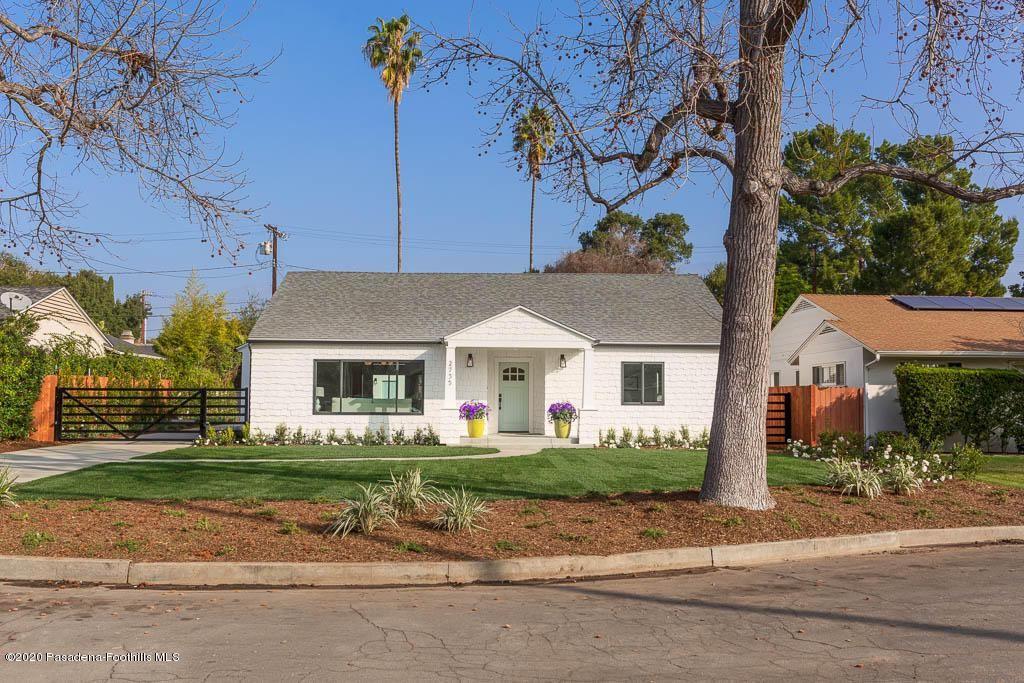 Photo of 2735 MADRILLO Court, Pasadena, CA 91107 (MLS # 820000706)