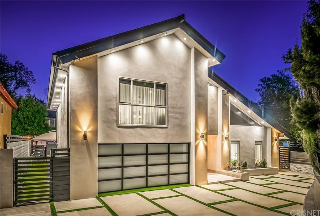 Photo of 21139 LOPEZ Street, Woodland Hills, CA 91364 (MLS # SR20037706)