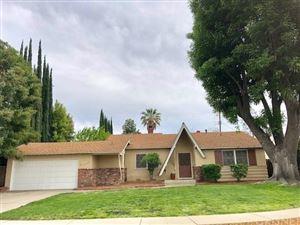 Photo of 23648 BESSEMER Street, Woodland Hills, CA 91367 (MLS # SR18086707)