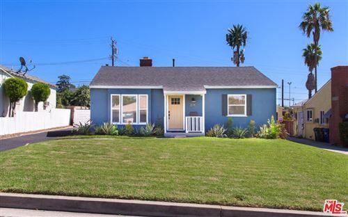 Photo of 2548 LA FIESTA Avenue, Altadena, CA 91001 (MLS # 19515708)