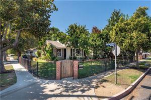 Photo of 6525 DE CELIS Place, Lake Balboa, CA 91406 (MLS # SR19215708)