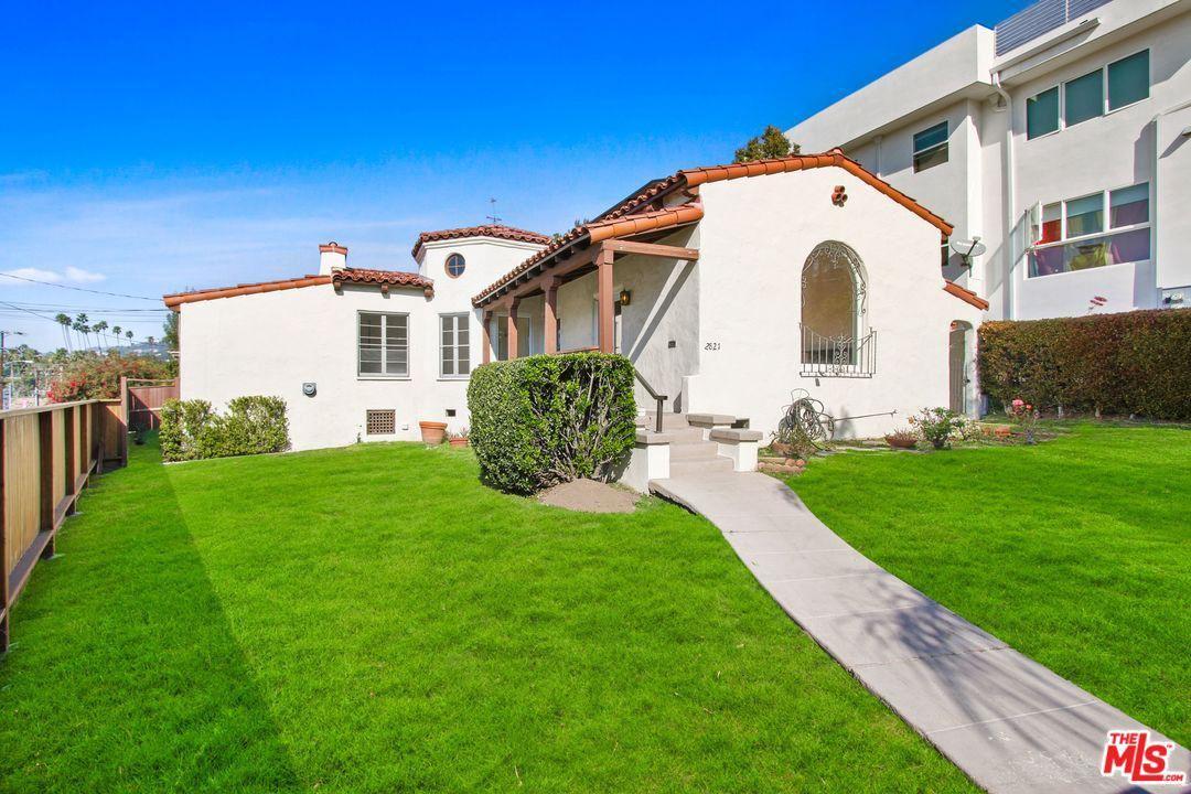 Photo of 2821 AVENEL Street, Los Angeles , CA 90039 (MLS # 20556712)