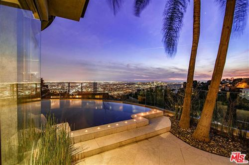 Photo of 1750 VIEWMONT Drive, Los Angeles , CA 90069 (MLS # 20545716)