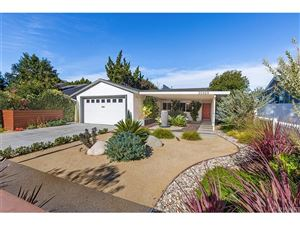 Photo of 20929 COSTANSO Street, Woodland Hills, CA 91364 (MLS # SR18230717)