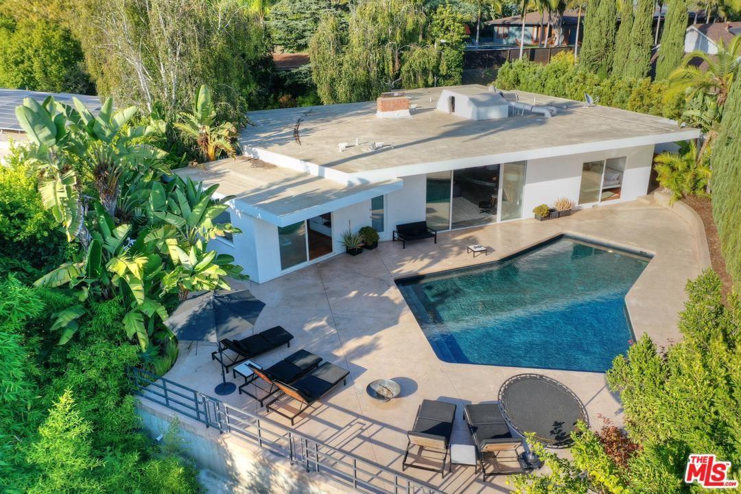 Photo of 8042 OKEAN Terrace, Los Angeles , CA 90046 (MLS # 19513718)