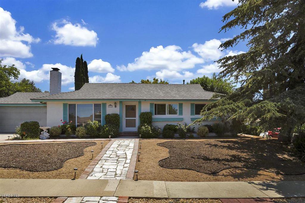Photo for 2912 CAMINO DEL ZURO, Thousand Oaks, CA 91360 (MLS # 219009718)
