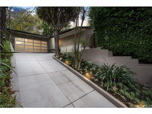 Photo of 7290 PACKWOOD, Hollywood Hills, CA 90068 (MLS # SR18003722)