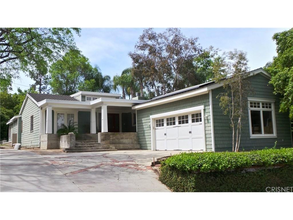 Photo for 22122 AVENUE MORELOS, Woodland Hills, CA 91364 (MLS # SR19081722)