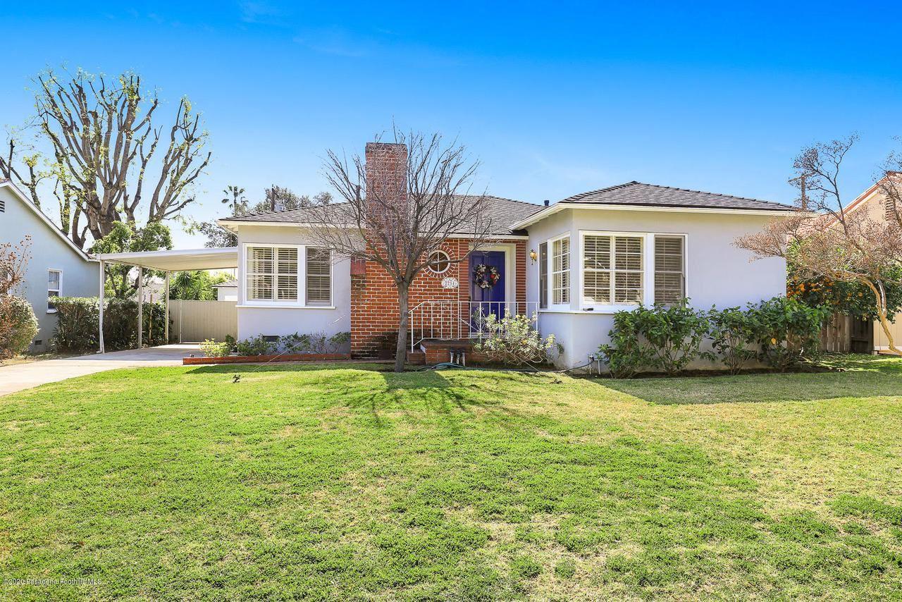 Photo of 2254 QUEENSBERRY Road, Pasadena, CA 91104 (MLS # 820000723)