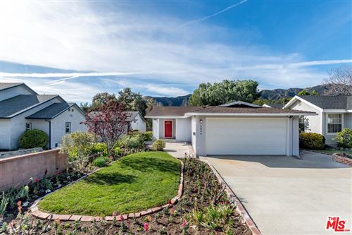 Photo of 2846 PIEDMONT Avenue, Glendale, CA 91214 (MLS # 20544724)