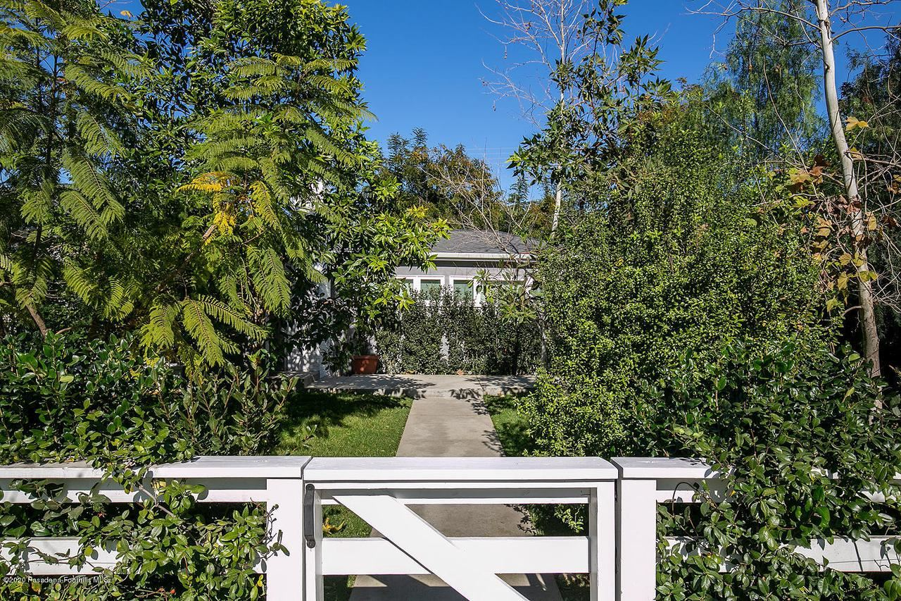 Photo of 1329 GARDEN Street, Glendale, CA 91201 (MLS # 820000725)