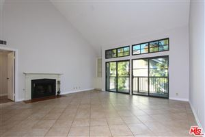 Photo of 18324 CLARK Street #323, Tarzana, CA 91356 (MLS # 18310726)
