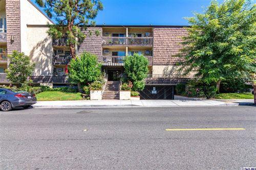 Photo of 365 BURCHETT Street #306, Glendale, CA 91203 (MLS # 319003730)