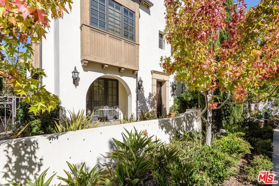 Photo of 13076 WEST NORTH ICON Circle, Playa Vista, CA 90094 (MLS # 20552730)