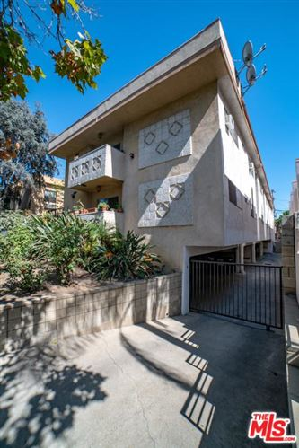 Photo of 812 North MARTEL Avenue, Los Angeles , CA 90046 (MLS # 19535736)