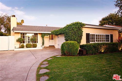 Photo of 5350 FALLBROOK Avenue, Woodland Hills, CA 91367 (MLS # 19532738)