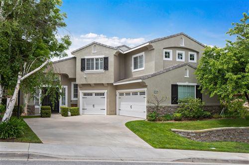 Photo of 2757 AUTUMN RIDGE Drive, Thousand Oaks, CA 91362 (MLS # 219013740)