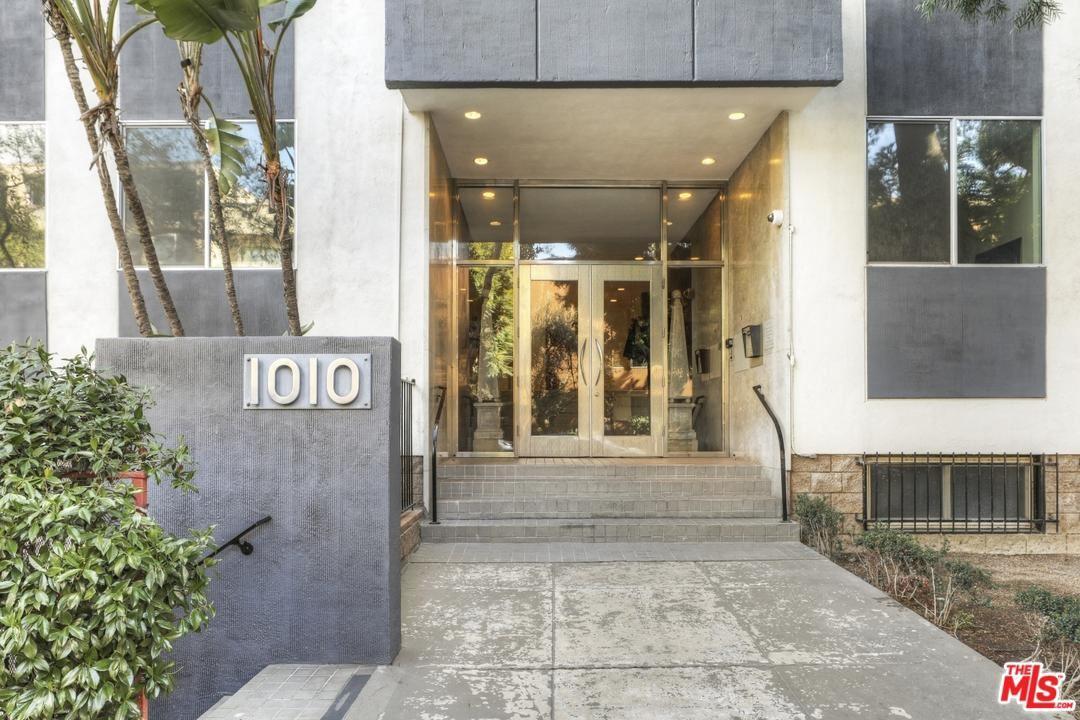 Photo of 1010 North KINGS Road #106, West Hollywood, CA 90069 (MLS # 20541740)