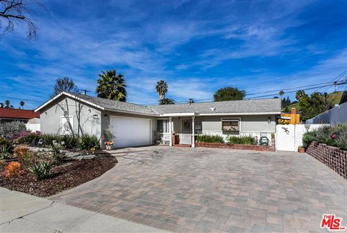 Photo of 20801 BURBANK, Woodland Hills, CA 91367 (MLS # 20549742)
