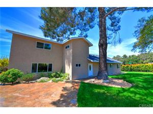 Photo of 1082 East ORANGE GROVE Avenue, Burbank, CA 91501 (MLS # SR18111742)