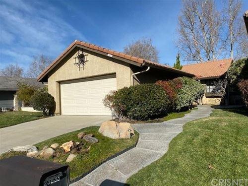 Photo of 23637 MARICIO Drive, Valencia, CA 91355 (MLS # SR20012750)