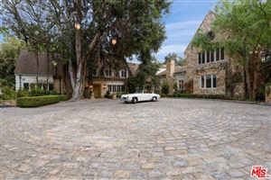Photo of 2069 COLDWATER CANYON, Beverly Hills, CA 90210 (MLS # 18403752)