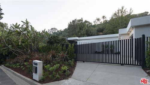 Photo of 1049 LOMA VISTA Drive, Beverly Hills, CA 90210 (MLS # 19464752)