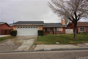 Photo of 1015 LANDSFORD Street, Lancaster, CA 93535 (MLS # SR18058752)
