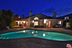 Photo of 24621 SKYLINE VIEW Drive, Malibu, CA 90265 (MLS # 18384756)