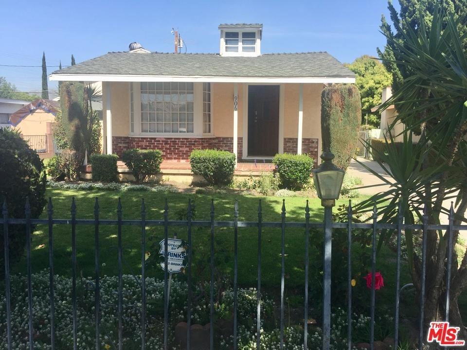 Photo for 906 North PASS Avenue, Burbank, CA 91505 (MLS # 18333758)