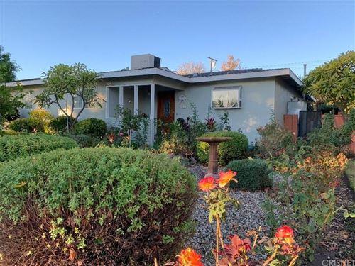 Photo of 10109 COLLETT Avenue, Granada Hills, CA 91343 (MLS # SR19277759)