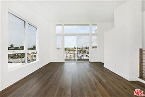 Photo of 1515 LAKE SHORE Avenue, Los Angeles , CA 90026 (MLS # 18315760)