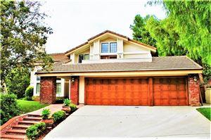 Photo of 1723 COUNTRY OAKS Lane, Thousand Oaks, CA 91362 (MLS # SR18248760)