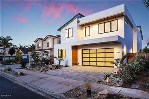 Photo of 2250 GREENCASTLE Lane, Oxnard, CA 93035 (MLS # 218006762)