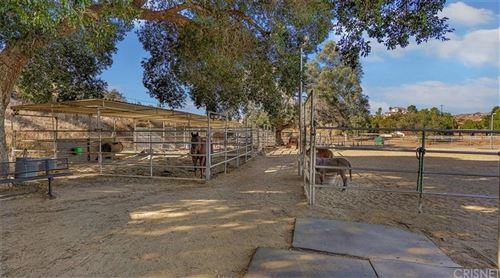 Photo of 28300 OAK SPRING CANYON Road, Canyon Country, CA 91387 (MLS # SR19258763)