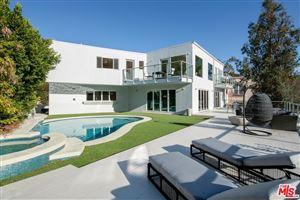 Photo of 2609 DEVISTA Place, Los Angeles , CA 90046 (MLS # 18412766)