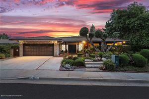 Photo of 2720 TIMBERLAKE Drive, La Crescenta, CA 91214 (MLS # 819002766)