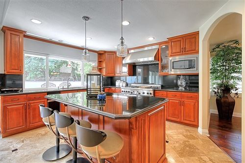 Photo of 3886 VIA VERDE, Thousand Oaks, CA 91360 (MLS # 219012769)