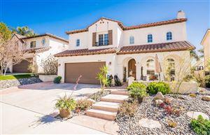 Photo of 25536 HOUSMAN Place, Stevenson Ranch, CA 91381 (MLS # SR18039769)