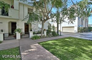 Photo of 127 South GARDEN Street, Ventura, CA 93001 (MLS # 218004770)