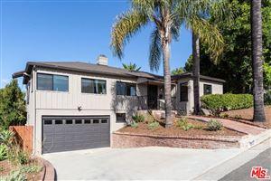 Photo of 1621 LOMA CREST Street, Glendale, CA 91205 (MLS # 19516772)