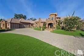 Photo of 1245 CALLE ARROYO, Thousand Oaks, CA 91360 (MLS # SR19217772)