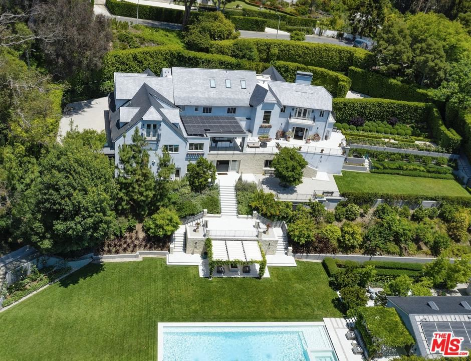 Photo of 1140 TOWER Road, Beverly Hills, CA 90210 (MLS # 20552772)
