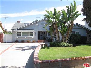 Photo of 16825 CITRONIA Street, Northridge, CA 91343 (MLS # 19467774)