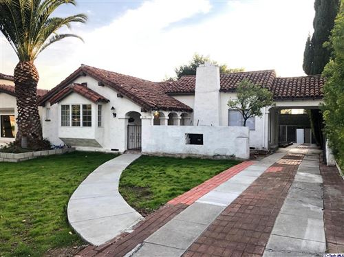 Photo of 615 South BEL AIRE Drive, Burbank, CA 91501 (MLS # 319004774)